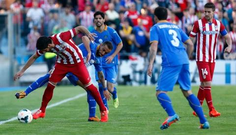 Lafita observa la jugada. Foto: web Atlético