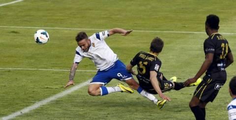 La jugada del gol. Foto: periódico de Aragón