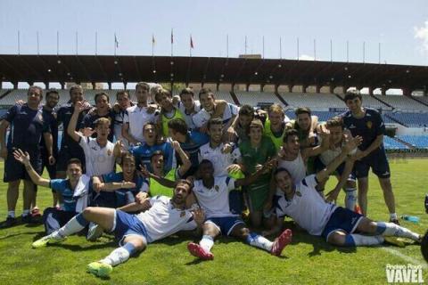 El Zaragoza B celebra el ascenso. Foto: Real Zaragoza